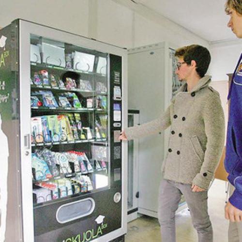La Skuola Box vending machine