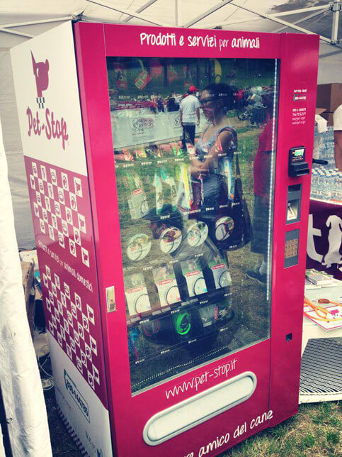 Pet-stop-vending-machine