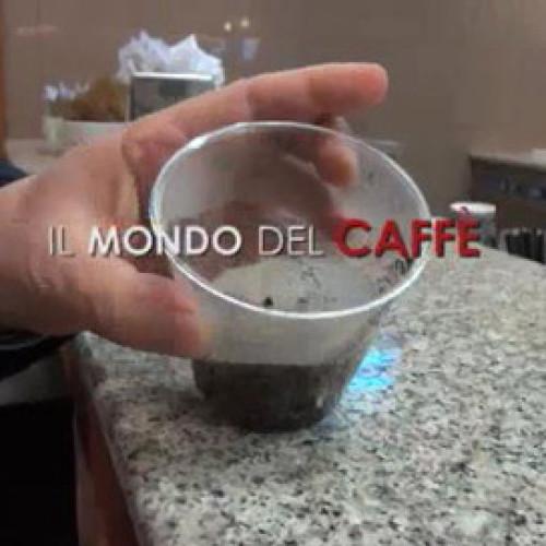 Inchiesta Report sul caffè a Napoli. Scoppia la polemica
