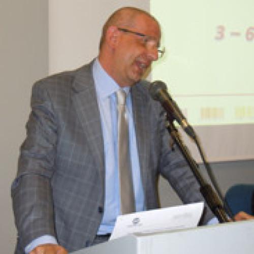 La conferenza stampa di apertura – I dati 2013