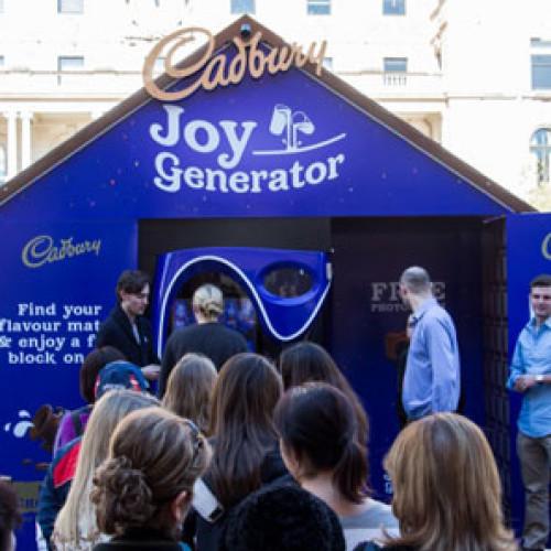 "UK. La vending machine ""Joy Generator"" di Cadbury (Video)"