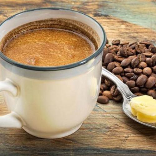 Vuoi dimagrire? Metti burro nel caffè al posto dello zucchero!