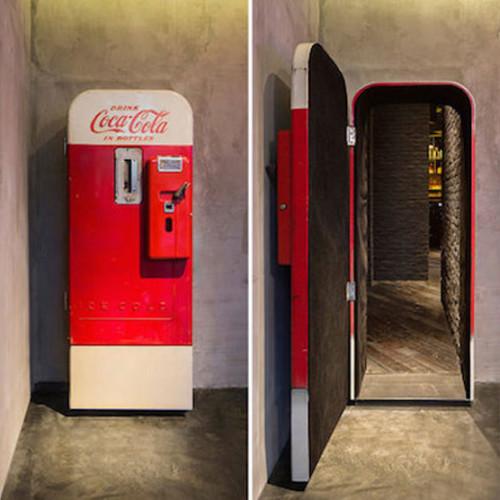 Cosa cela la Coca-Cola vintage machine?