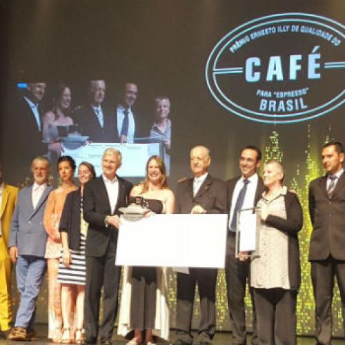 Premio Illy. Sono donne le migliori coltivatrici di caffè