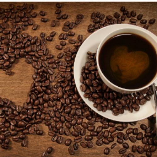 Il Caffè fa bene alla vista ma solo se a stomaco pieno