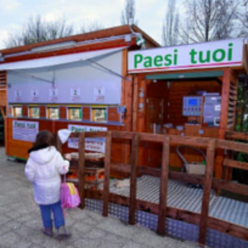 A Modena il distributore automatico di frutta fresca