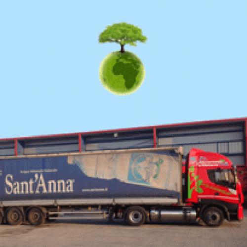 L'Acqua Sant'Anna viaggia su camion ecologici