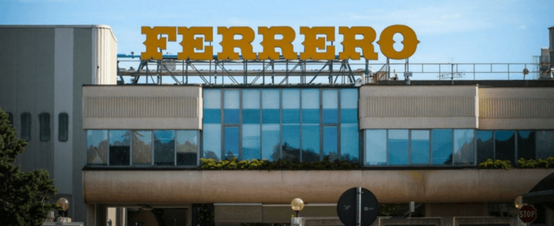 Ferrero premia i lavoratori con 2.000 euro