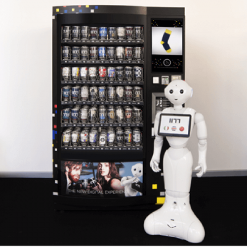 Robot Pepper, l'assistente della vending machine a Milano