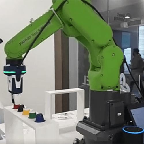COBOT, il robot italo-nipponico che ti sceglie la capsula di caffè