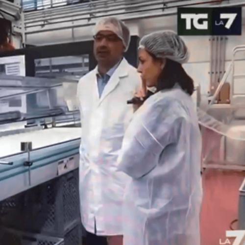 LA7 in visita allo stabilimento della FLO SpA. Tema: la Plastic Tax
