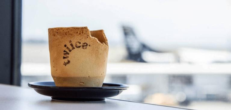 Per ridurre i rifiuti in volo, le tazze del caffè vanno mangiate